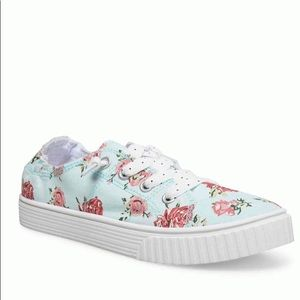 NWT Baby Blue Floral Slip-On Sneaker